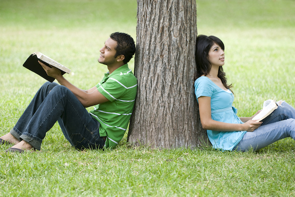 young-couple-tree